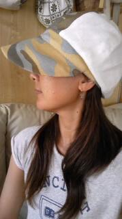 セミオーダーの帽子